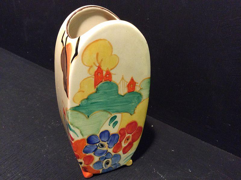 Clarice Cliff A Rare Alton Towers Small Bonjour Shape Vase 5